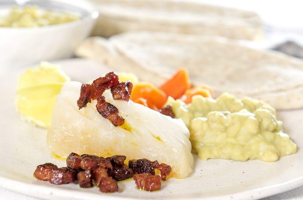 lutefisk-med-bacon-og-ertestuing-2